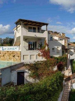 Apartamentos Ea Bianca