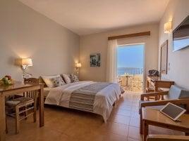 Estudio Batis Beach Hotel