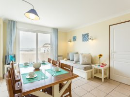 2 bedrooms Bleu Marine