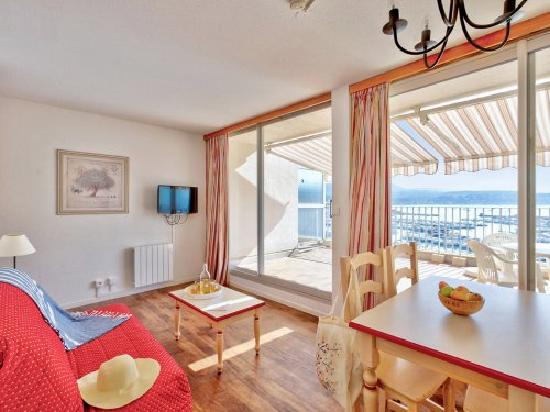 Self Catering Eco-Standard Residence Bandol Port