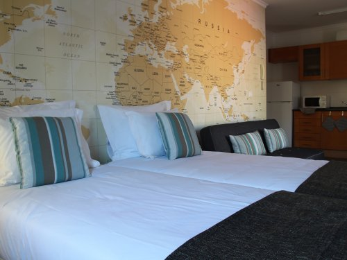 Self Catering Standard residence Travellers Pearl by Storytellers