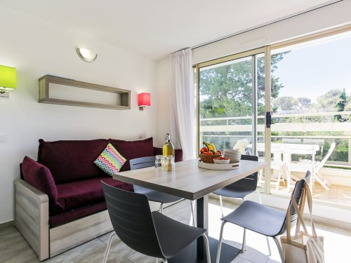 Self Catering Eco-Standard residence La Corniche d'Or