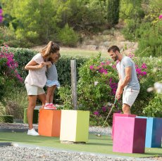 Mini golf (outdoor):