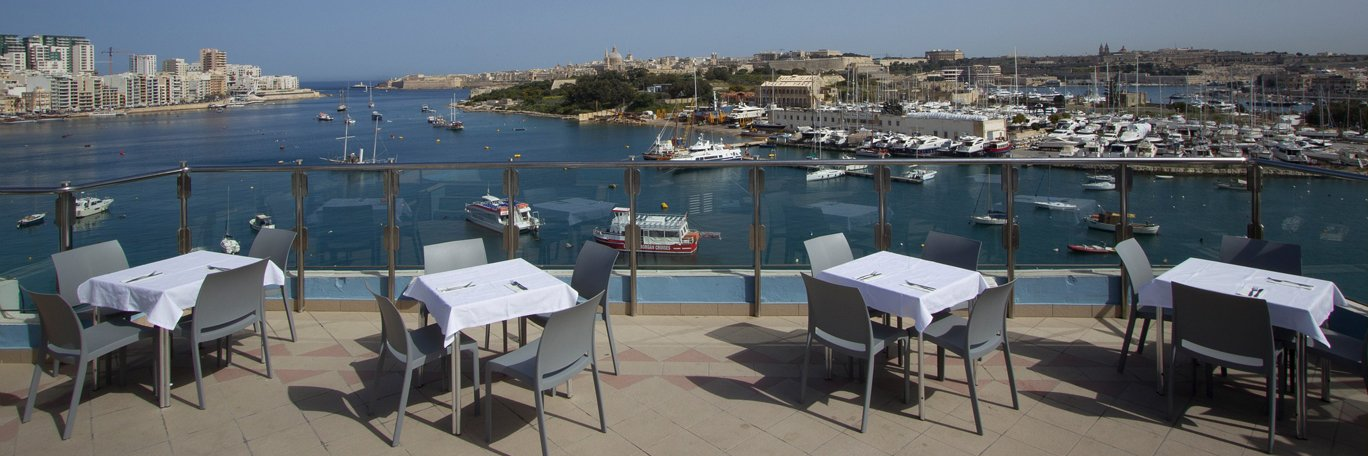 115 The Strand Hotel and Apartments Il-Gzira