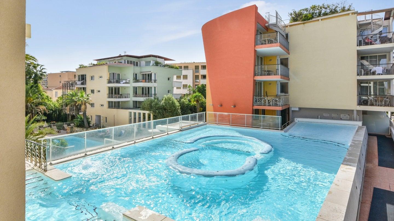 Premium residence Port-Prestige