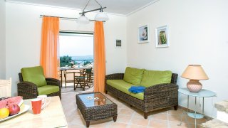 slaapkamer La Riviera Barbati Seaside Luxurious Apartments