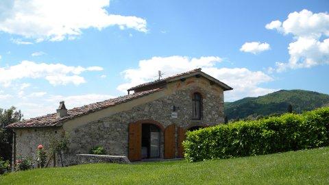 Premium residentie Torre A Cona Farmhouses