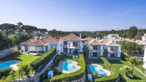 Apartamentos premium Encosta do Lago Resort Club