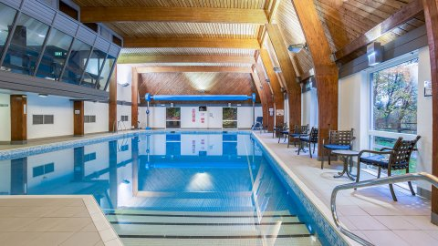 Piscine Résidence Woodford Bridge Country Club